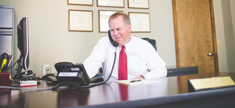 Thomas Houck - Car accident lawyer - Milwaukee Wisconsin - Jacobson, Schrinsky & Houck